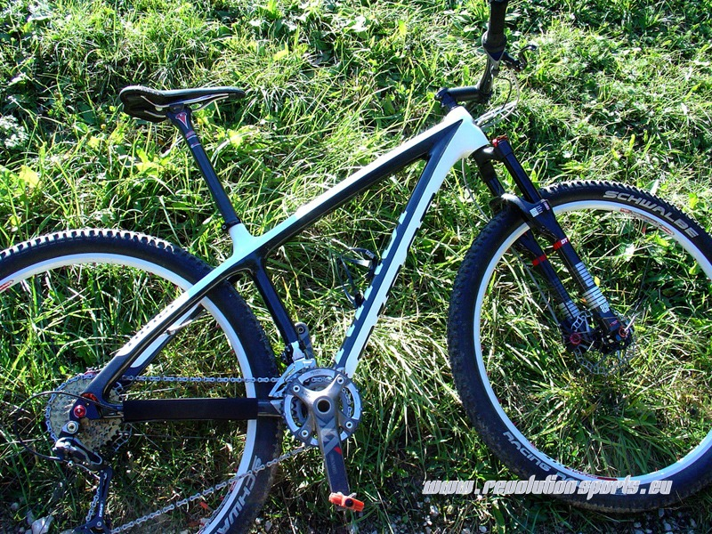 NINER Bikes präsentiert neue Carbon Lenker und verlängert ...