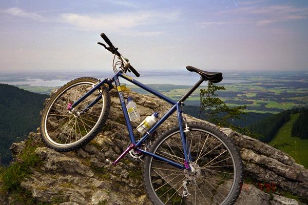 revolutionsports_milestones_biking_1992_fatchance_yoeddy_xs